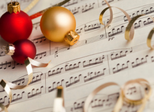 Red-Gold-ornament-with-music-sheet